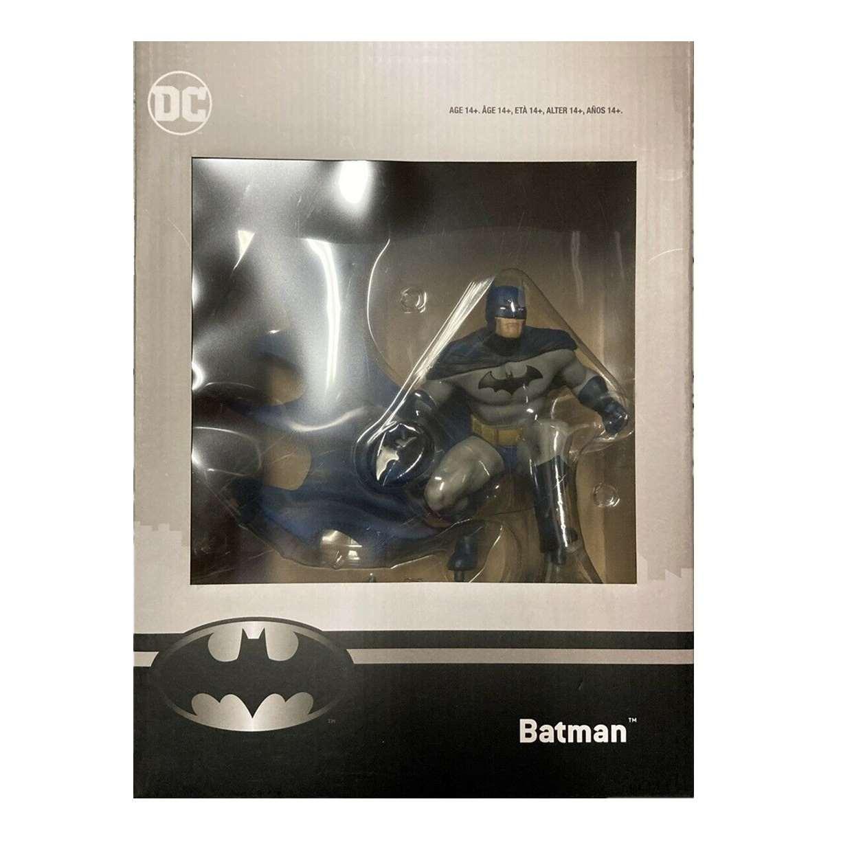 Batman Figura Chronicle Exclusive Statue Game Stop